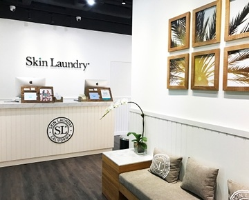 Healthy skin starts with clean skin and Skin Laundry cleans it with lasers the deepest way they know how. Whether on the surface or deep down into the pores, Skin Laundry's 15-minute laser & light vaporises dirt and acne-causing bacteria leaving your skin cleaner, clearer, tighter and brighter.
